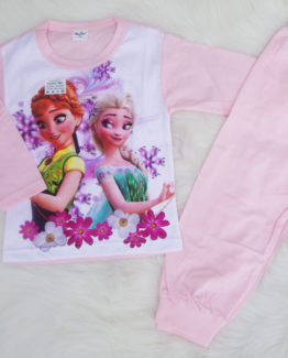 https://funnybunnykids.bg/wp-content/uploads/2018/09/пижама-за-момиче-с-ана-и-елза-от-замръзналото-кралство-с-дълъг-ръкав-есен-пролет.jpg пижама за момиче с ана и елза от замръзналото кралство с дълъг ръкав есен пролет