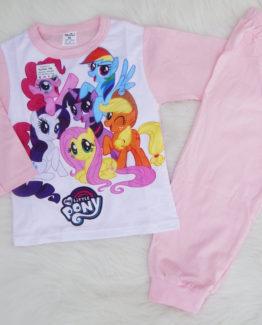 https://funnybunnykids.bg/wp-content/uploads/2018/09/пижама-за-момиче-с-дълъг-ръкав-есен-пони-анимация.jpg пижама за момиче с дълъг ръкав есен пони анимация