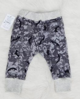 https://funnybunnykids.bg/wp-content/uploads/2018/11/бебешко-долнище-панталон-камуфлаж-хелоуин.jpg бебешко долнище панталон камуфлаж хелоуин