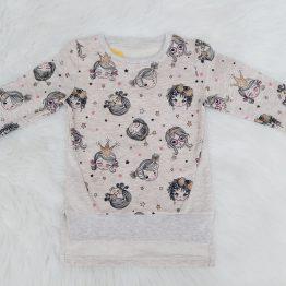 https://funnybunnykids.bg/wp-content/uploads/2018/12/детски-ватиран-блузон-блуза-с-лека-вата-принцеси-ватирана-блуза-за-момиче-блузон.jpg детски ватиран блузон блуза с лека вата принцеси ватирана блуза за момиче блузон