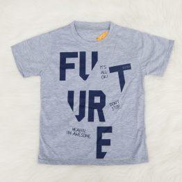 https://funnybunnykids.bg/wp-content/uploads/2019/05/детска-тениска-за-момче-в-сиво-с-надписи.jpg детска тениска за момче в сиво с надписи