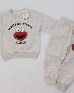 https://funnybunnykids.bg/wp-content/uploads/2019/07/детски-бебешки-комплект-за-бебе-и-момче-есен-пролет-анцуг-момче-елмо.jpg детски бебешки комплект за бебе и момче есен пролет анцуг момче елмо