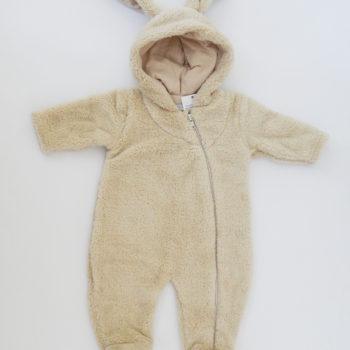 https://funnybunnykids.bg/wp-content/uploads/2019/08/зимен-гащеризон-полар-хавлиен-ромпър-зайче-бебе-момче.jpg зимен гащеризон полар хавлиен ромпър зайче бебе момче