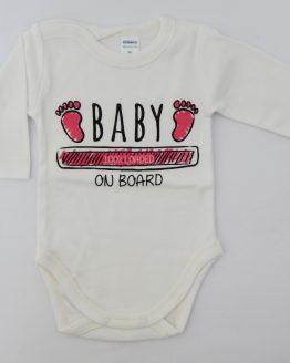 https://funnybunnykids.bg/wp-content/uploads/2019/11/екрю-бебешко-боди-с-дълъг-ръкав-за-бебе-момче-с-надпис-baby-on-bord.jpg екрю бебешко боди с дълъг ръкав за бебе момче с надпис baby on bord