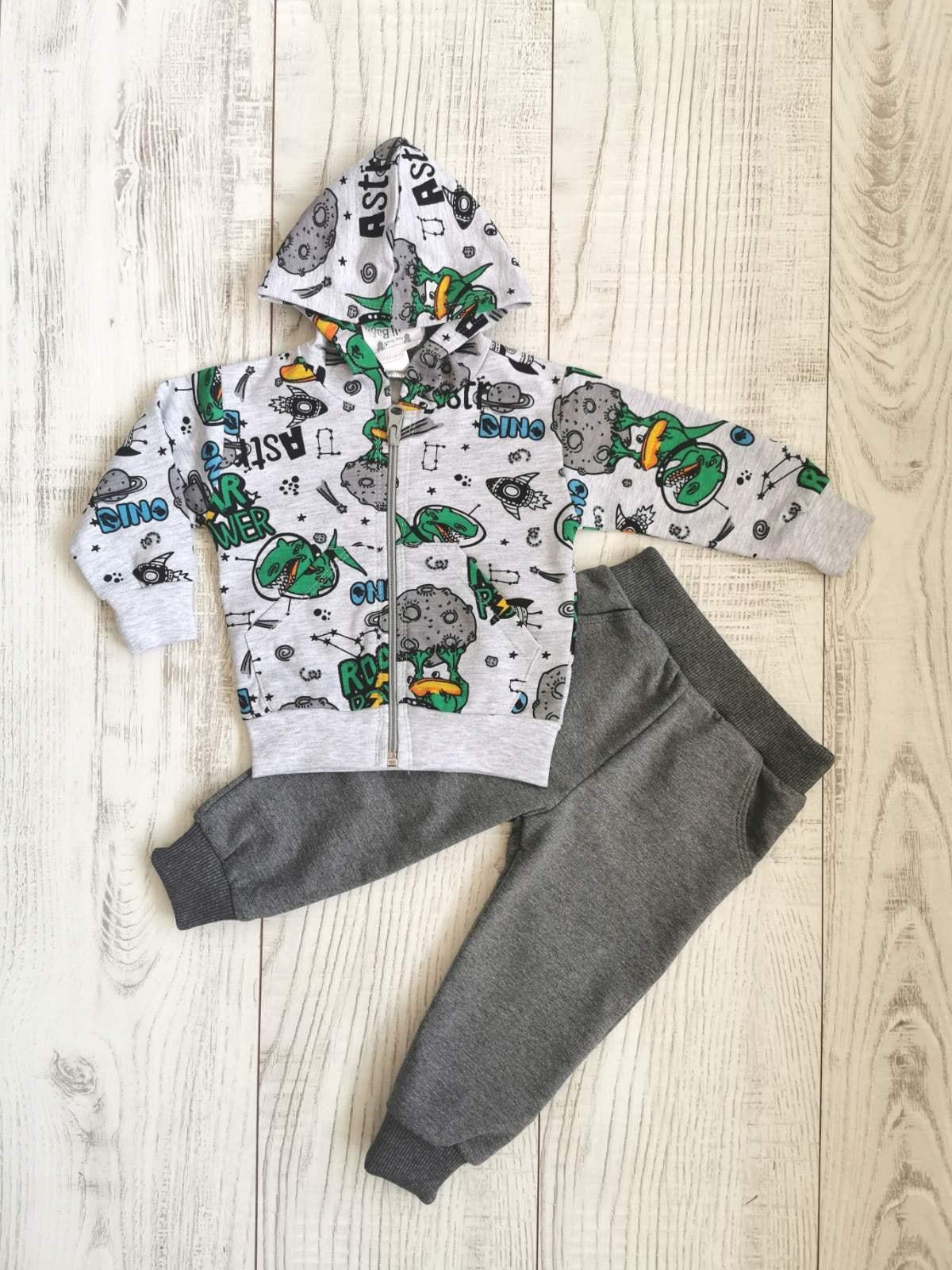 ломплект за бебе момче с динозаври есенен анцуг комплект за бебе момче